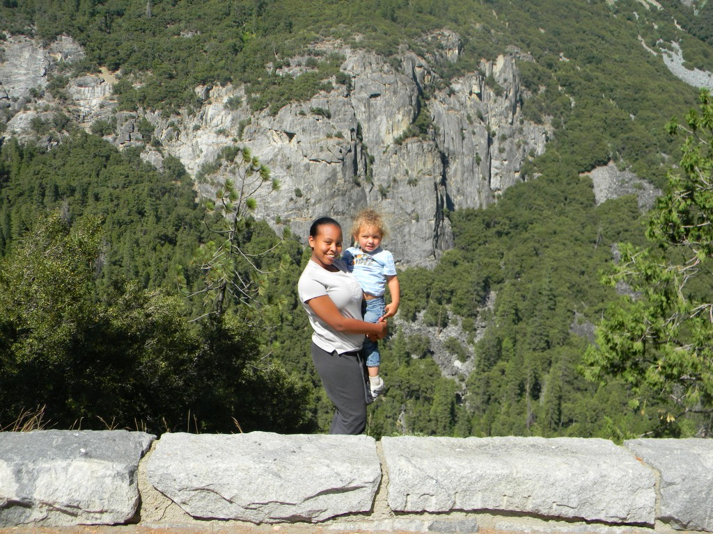 hiking with kids in yosemite